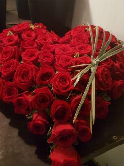 Bouquet coeur pour hommage