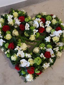 Rendre hommage avec un bouquet